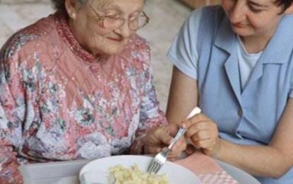 Ushqimi i shëndetshëm për të moshuarit