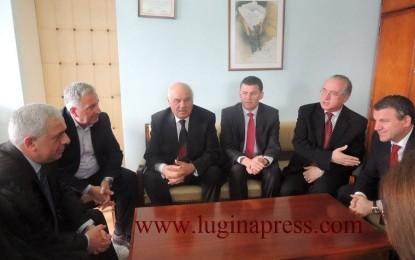 Ish presidenti i Shqipërisë Mojsiu, vizitoi Bujanocin(Video+foto)