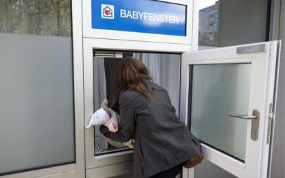 """""""Dritarja për foshnja"""" në Bernë pret foshnjën e parë"""