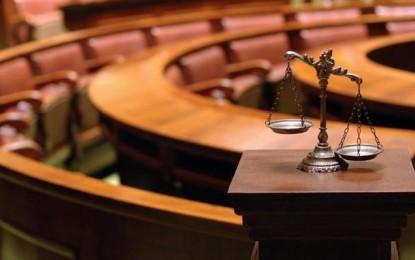 Liderët udhëzohen si të 'mbrohen' para gazetarëve për Tribunalin