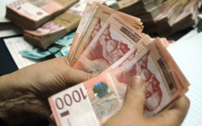 Vuçiq paralajmëron zvoglim të rrogave në sektorin publik