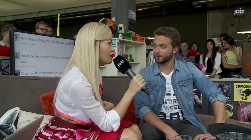 Rita Ora flet shqip në një emision zvicëran (Video)