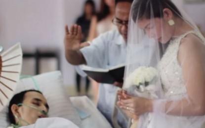 """Martesa që preku botën: Tha """"pranoj"""" dhe iku në botën tjetër (Video)"""