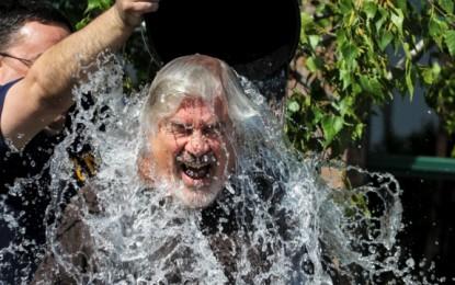 Ju sjellim edhe një kompilacion të sfidës globale të kovës me ujë me akull. Mos e leni pa e pa!…