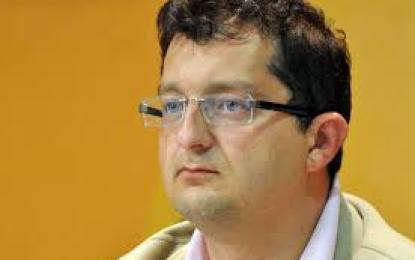 Kamberi: Serbia ndaj shqiptarëve të Luginës ka ndryshuar metodën, por jo përmbajtjen