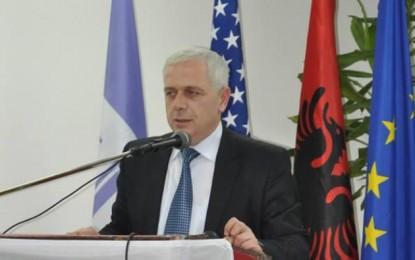 Kryetari  Arifi dënon rastin e konfiskimit të duhanit në tre familje shqiptare Tërrnovc