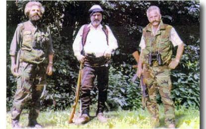 Arma e Adem Jasharit në Muzeun e Kosovës, më 28 Nëntor