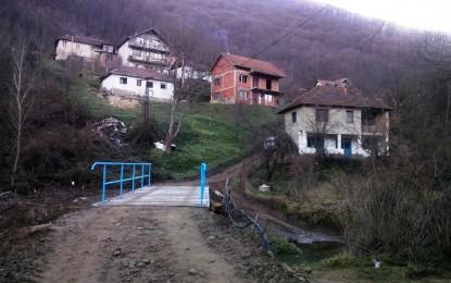 Dy lagje shqiptare në Medvegjë po bëhen me ura të reja(foto)