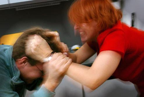 Gruaja rrah burrin e saj, shkas qëndrimi ditë e natë në çajtore
