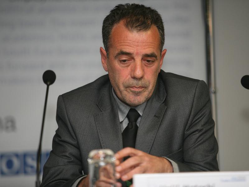 Halil Matoshi: Vuçiq e di që Kosova është shtet i pavarur dhe i barabartë me Serbinë