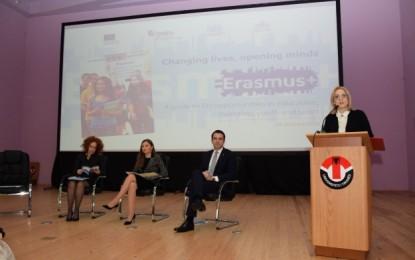 Prezantohet për studentët shqiptarë programi Erasmus+