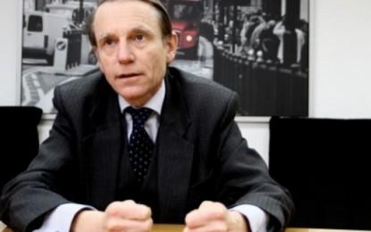Cliff: Protesta mos të kthehet kundër serbëve