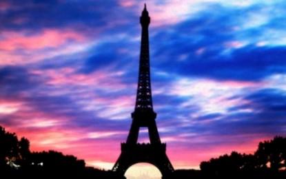 Ndalen dritat e Kullës Eiffel (Video)