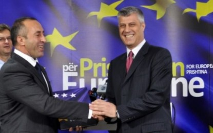 """Thaçi """"mbikëqyret"""" nga Haradinaj"""