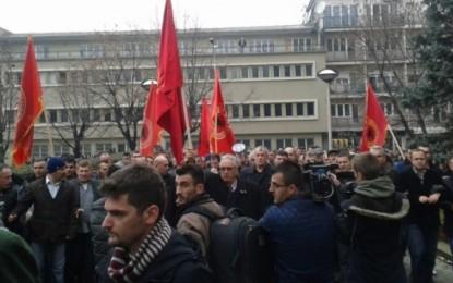 Veteranët e UÇK-së në Maqedoni të pakënaqur dhe të revoltuar