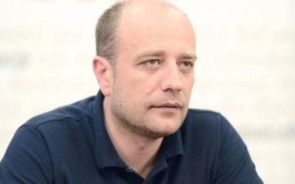 Vraniqi: Pushteti ka inskenuar aksident për të parandaluar ardhjen e protestuesve