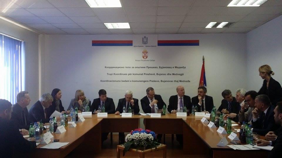 Ministri  Sertiq premton zhvillim ekonomik në Luginë