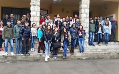 Zyra për të rinjë e Bujanocit në takimin rajonal  të  të rinjëve në  Bosanski Petrovac(foto)