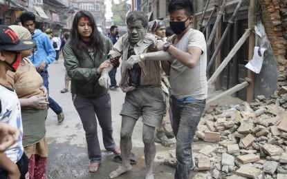 Tragjedi në Nepal, rreth 1000 të vdekur nga tërmeti 7.9 ballë. Jepet alarmi SOS