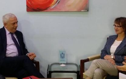Ambasadorja e Francës në vizitë tek Kryetari Nagip Arifi(Video)