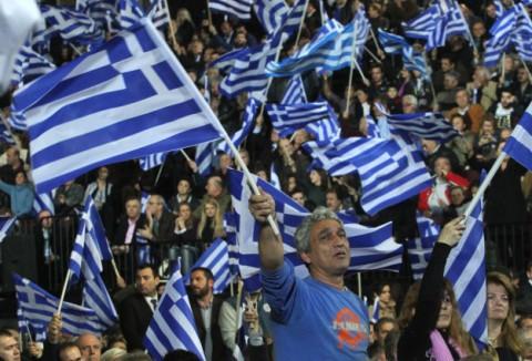 Greqi, atmosferë e zymtë e zhgënjim mes qytetarëve në ditën e parë të falimentit