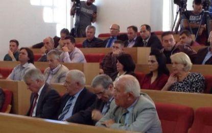 Shqiptarët e Luginës miratojnë deklaratën për themelimin e Asociacionit të Komunave Shqiptare në Serbi