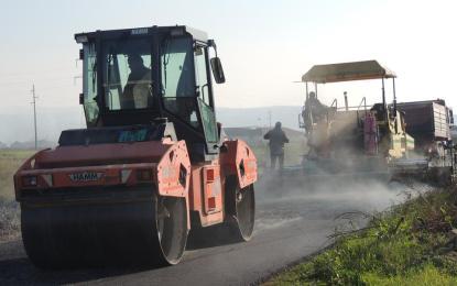 Fillon asfaltimi i rrugës qarkore Tërnoc-Bujanoc (Foto+Video)
