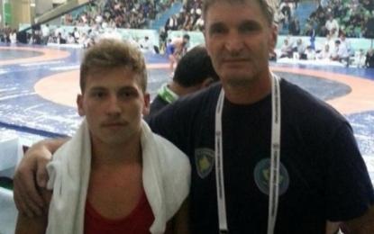 Kosovari e shpartallon serbin në garën në Turqi (Foto)
