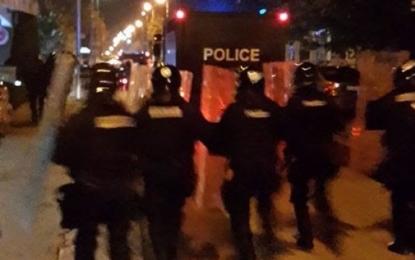 Rruga e gjatë e ndjekjes së protestuesve (Video)