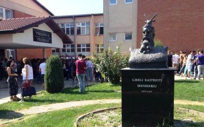Bojkotim i orës së parë në dy ndërrimet në të gjitha shkollat shqipe në Luginë