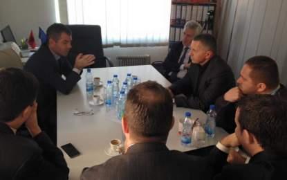 Kamberi e Halimi pritën  zëvendëskryeministrin  Kosovës Kujtim Shala