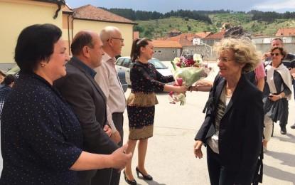 """Një  delegacion nga  Zvicra vizitoi sh.f""""Muharrem Kadriu"""" në Tërnoc"""