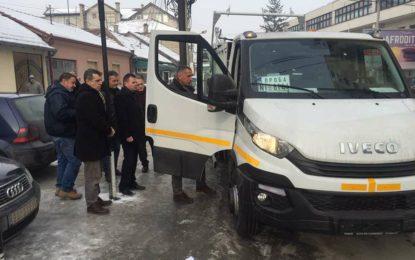 Komuna e Bujanocit siguron një kamion për mbledhjen e mbeturinave