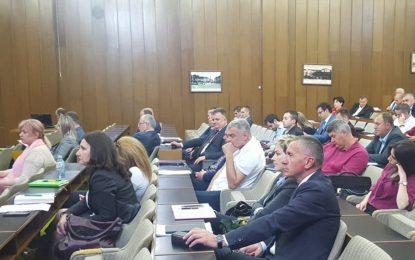 Kamberi dhe Sinani,po marrin pjesë në konferencën e komunave të Ballkanit Perëndimorë