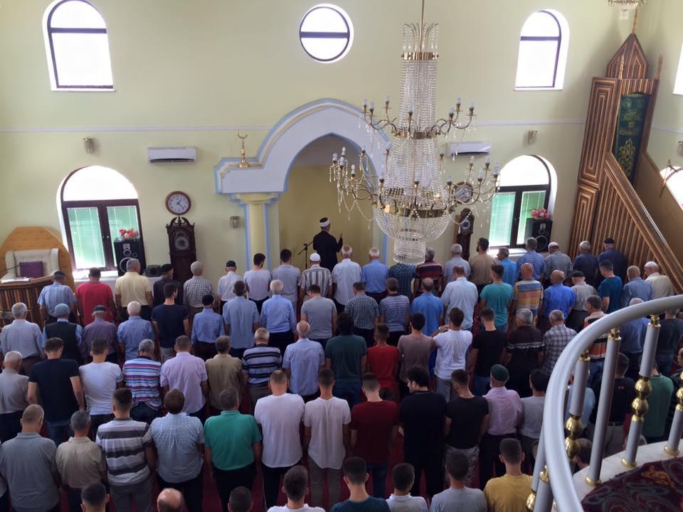 Besimtarët myslimanë nesër kremtojnë Kurban Bajramin