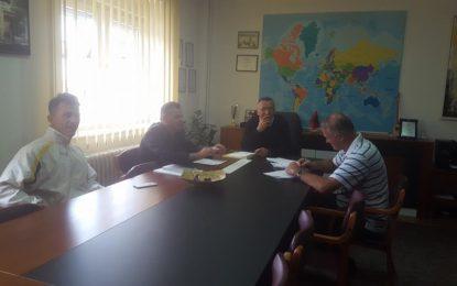 Nënshkruhet kontrata për pastrimin e lumit të Tërnocit