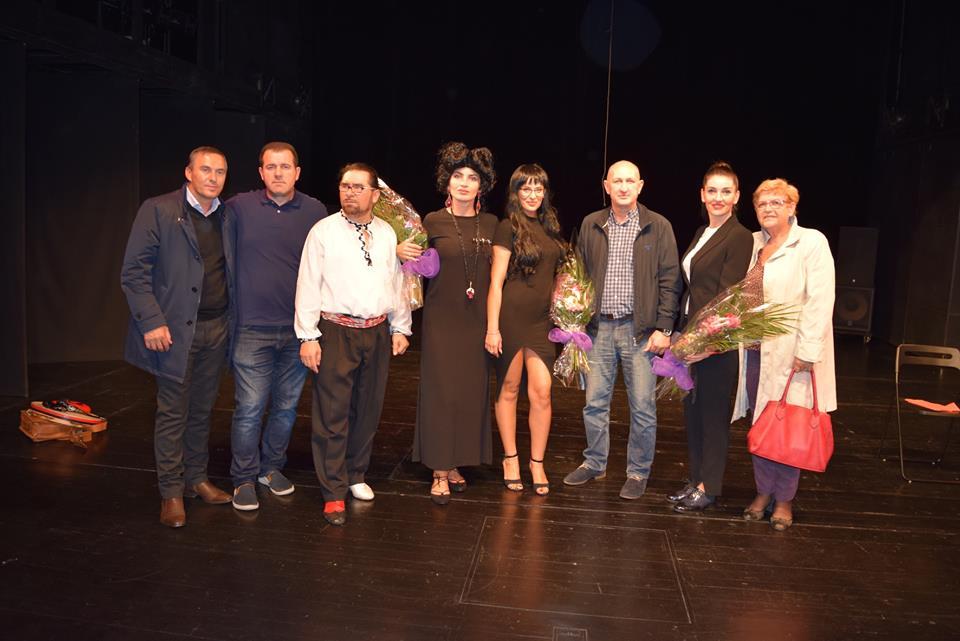 """Edhe mediat kroate, vlerësuan premierën e satirës """"Alameti"""" nga shkolla e aktrimit IFTP"""