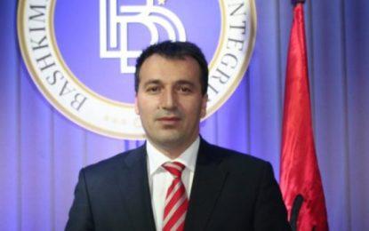 Blerim Bexheti, kryetar i Komunës së Sarajit (Foto)