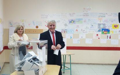 Mustafa:Dilni votoni shfrytëzoni të  drejtën tuaj