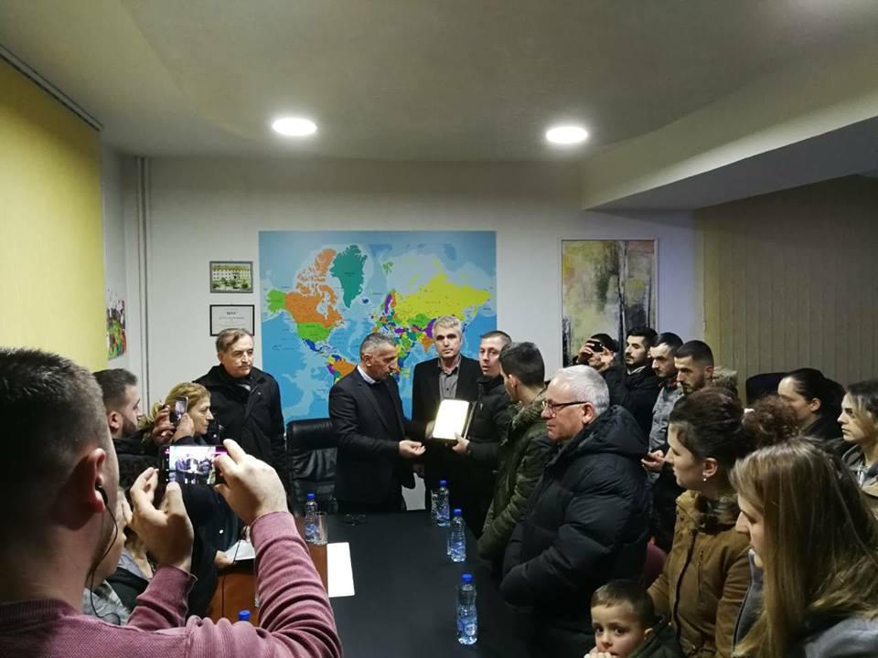 Komuna e Bujanocit, nderon me mirënjohje – post mortem, kryetarin e ndjerë të kuvendit komunal Jonuz Musliun