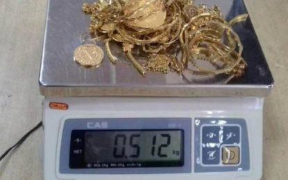 1500 gram ari të fshehura në kutinë e mjeteve punuese /foto/