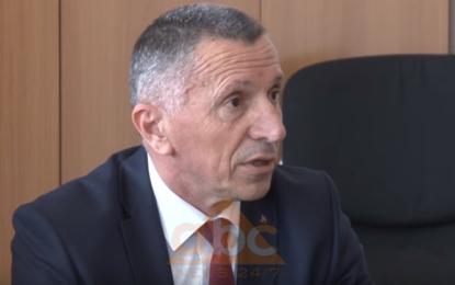 Kamberi: Më brengos fakti që Beogradi zyrtar nuk ka asnjë reagim nga deklaratat fashiste nga një lider serb i një shteti tjetër (Video)