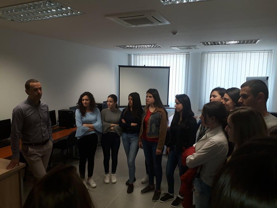 Fakulteti Ekonomik në Bujanoc hap dyert për maturantët(video)