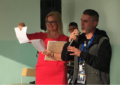 Regjisori Valton Jakupi dhuron pajisje shkollore për fëmijët  me aftësi ndryshe në Lezhë të Shqipërisë (video)