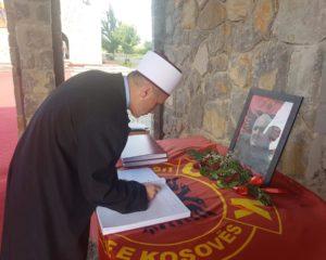 Myftiu Saqipi për ngushëllime në kullën e Haradinajve