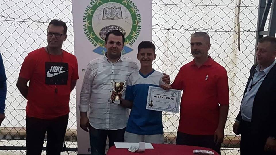 Herolind Beqiri , talenti i ri i futbollit nga Samolica e Bujanocit(video)