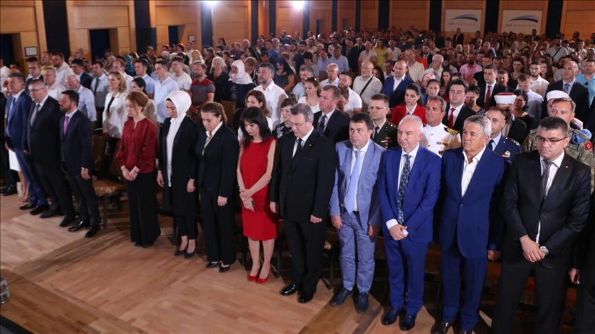 Shqipëri, ceremoni përkujtimore për 15 Korrikun, të pranishëm edhe nga Lugina