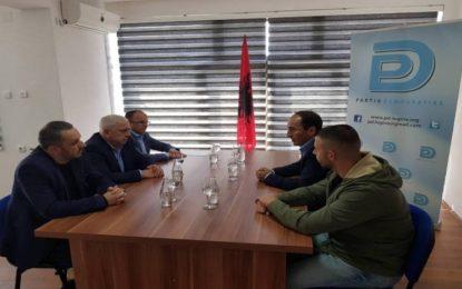 Kryetari i PD-së  Nagip Arifi priti në takim pune deputetin e LVV-së  Liburn Aliu