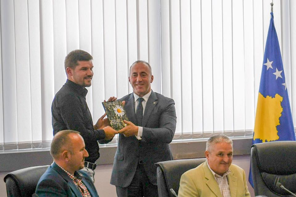 Haradinaj: Të rinjtë e Preshevës, Bujanocit dhe Medvegjës duhet t'i gëzojnë të gjitha të drejtat dhe liritë si moshatarët e tyre kudo në Europë