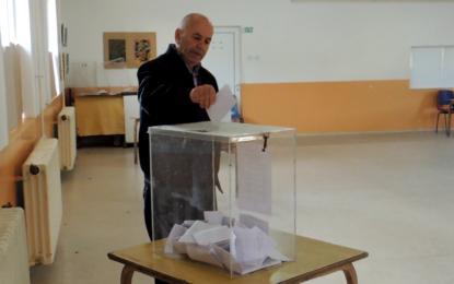 Shqiptarët e Luginës sot  votojnë për Këshillin Kombëtar(video)